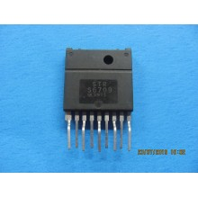 STRS6709 IC SWITCHING VOLTAGE REGULATEUR