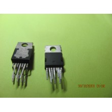 TDA8132 IC VOLTAGE REGULATEUR 5.1V + 12V